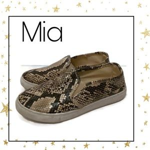 Mia Women's Embossed Snake Loafers Sneakers 7